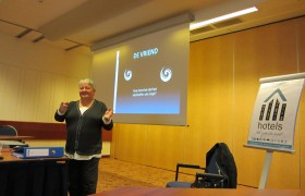 Lezing/workshop/training: Loverboys: Het is OVER boys!