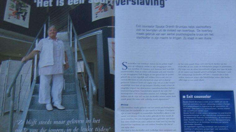 Sjoukje Drenth Bruintjes in politievakblad Blauw